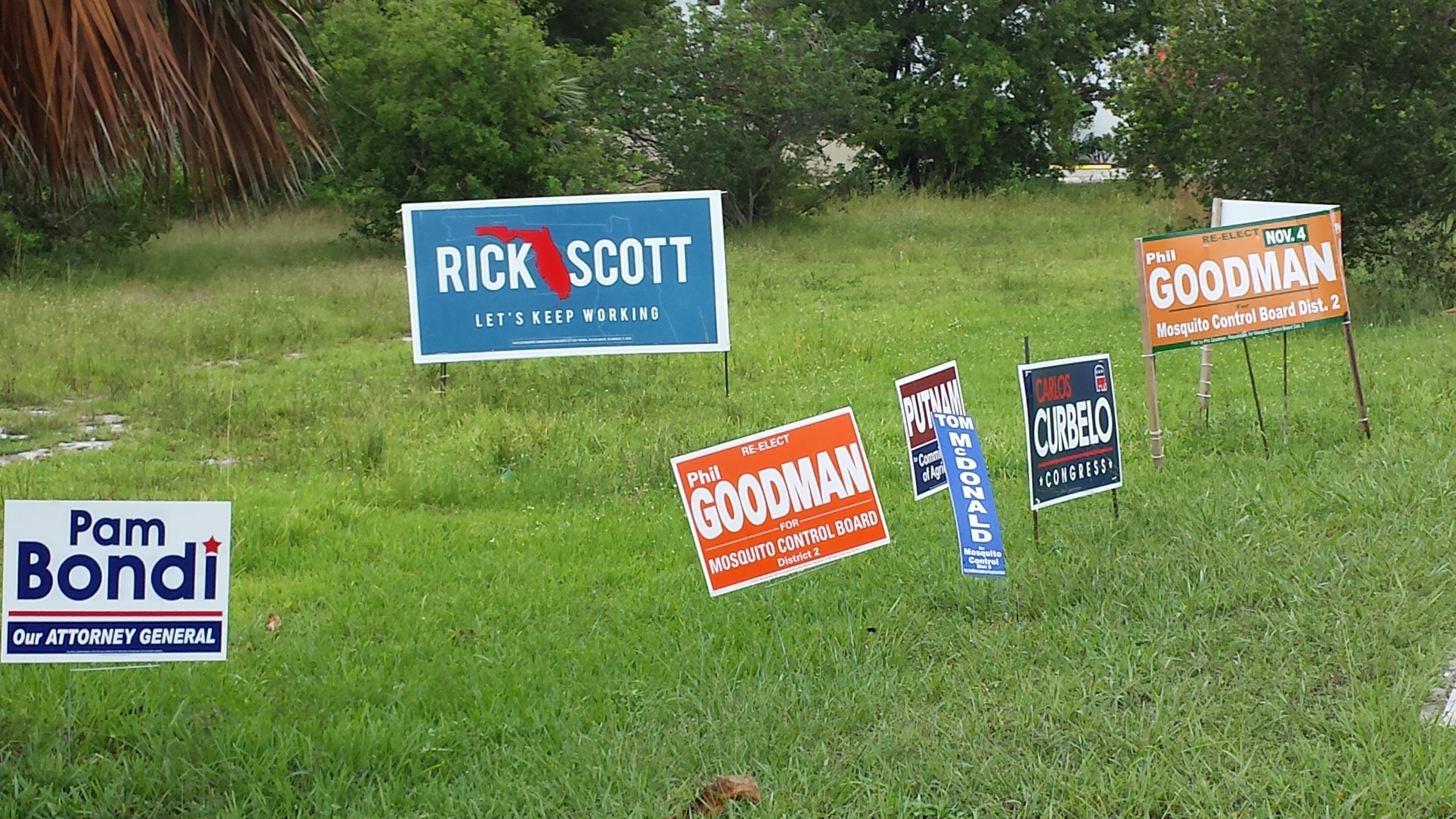 2014 campaign signs